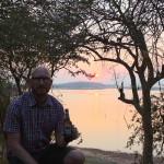 Sonnenuntergang am Karibalake mit einem Mosi
