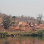 Eins der vielen kleinen Dörfer entlang des Sambesis