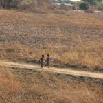 Aus den Dörfern kommen die Kinder von überall her.