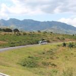 Die Landschaft auf dem Weg nach Arusha