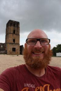 Ich bei den Ruinen von Panama Viejo