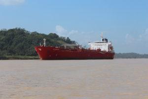 Frachter auf dem Panamakanal